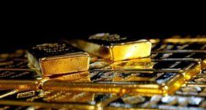 الذهب يصعد مع تعزز احتمالات الإبقاء على أسعار الفائدة منخفضة