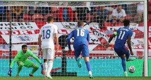 إنجلترا تعبر رومانيا قبل انطلاق كأس أوروبا