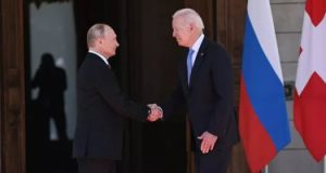انتهاء جولة محادثات على نطاق ضيق بين بوتين وبايدن فى جنيف
