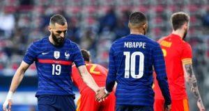 بنزيما: أشعر بالفخر لارتدائى قميص منتخب فرنسا من جديد