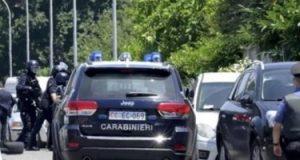 جريمة قتل تهز إيطاليا.. شاب يقتل مسن وطفلين ثم ينتحر بسبب مشاكل عقلية