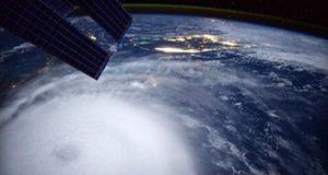 روسيا تطلق مجموعة متنوعة من الأقمار إلى مدارات الأرض