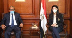 """وزيرة التعاون الدولى تبحث مع أمين """"الوحدة الاقتصادية العربية"""" تطوير دور المجلس"""