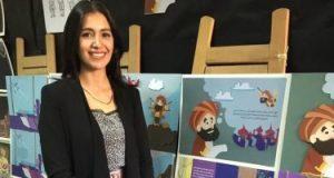 رحاب اختارت عباس ابن فرناس بطلاً لمشروع تخرجها بقصة أطفال وعرائس كروشيه