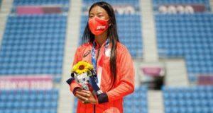 كوكانا هيراكى تدخل التاريخ كأصغر يابانية تحقق ميدالية أولمبية فى عمر 12 عاما