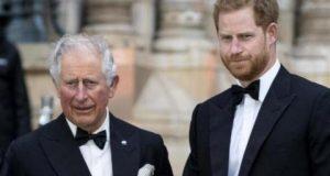 مصدر ملكي: الأمير تشارلز «يرغب بشدة» في رؤية ليليبيت ابنة هاري