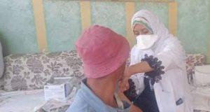 استمرار عمل الفرق الطبية لتطعيم المواطنين باللقاح المضاد لكورونا بمراكز الشرقية