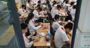 بأمر القانون.. الصين تتجه لتقليل الضغوط على الأطفال وتطالب الآباء براحتهم